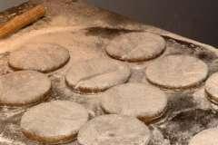 """Вкусные рецепты: Роллы """"Цветок лотоса"""", Хрен в свекольном маринаде, Салат-коктейль(легкий)"""