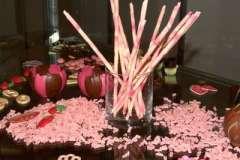 Вкусные рецепты: Легкий сметанный десерт с шоколадным бисквитом, киви, черешней и абрикосами. Для Светочки ( sweta1), бисквитный рулет с мороженным, Плюшка Московская по ГОСТУ